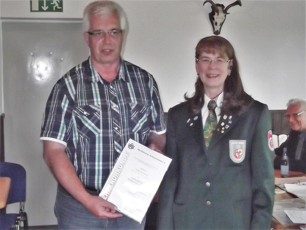 Goldene Ehrennadel des WSB für Werner Manz